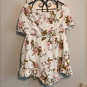 NWT American Eagle Floral Romper